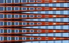 红色护栏图片