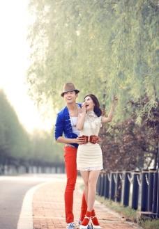 摄影时尚婚纱照图片