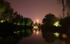 深夜大明湖图片