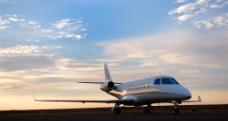 喷气式 中短途 客机图片