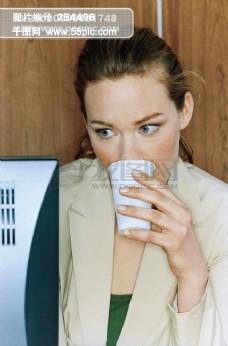 方位平面设计素材辞典 情绪 表情 神态 办公 讨论 工作 开会 等人 约会 打电话