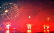 滨江烟花灿烂图片