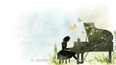 弹奏钢琴图片